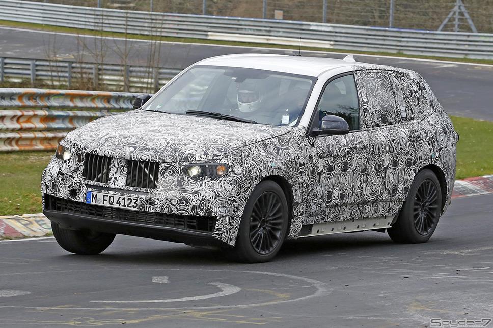 BMW X5 スパイ動画