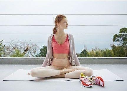 W&E 「Wellness studio ~emmi yoga~ 夜空を見上げながらのヨガ体験」