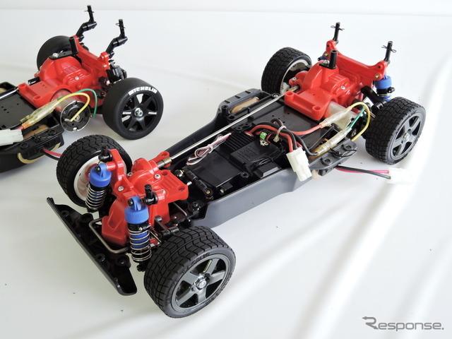 TA01(1991年発売)。オフロード用シャシーからの派生で、当初はシャフトドライブを採用していた