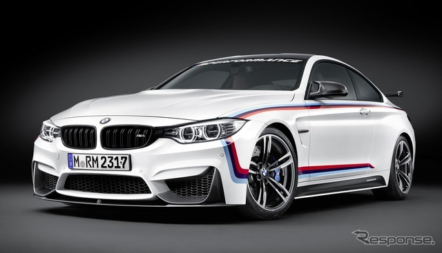 BMW M4クーペ のMパフォーマンスパーツ