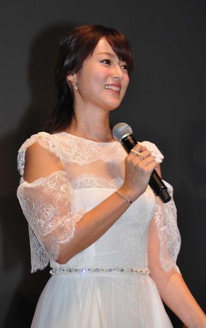 深田恭子/『アリス・イン・ワンダーランド/時間の旅』舞台挨拶