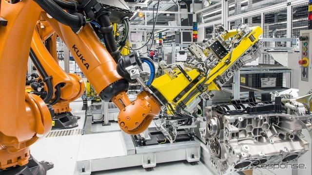 ポルシェ、新エンジン工場を稼働…新型 パナメーラ 用V8生産