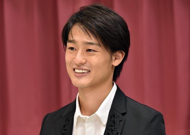 尾崎裕哉(C)TBS