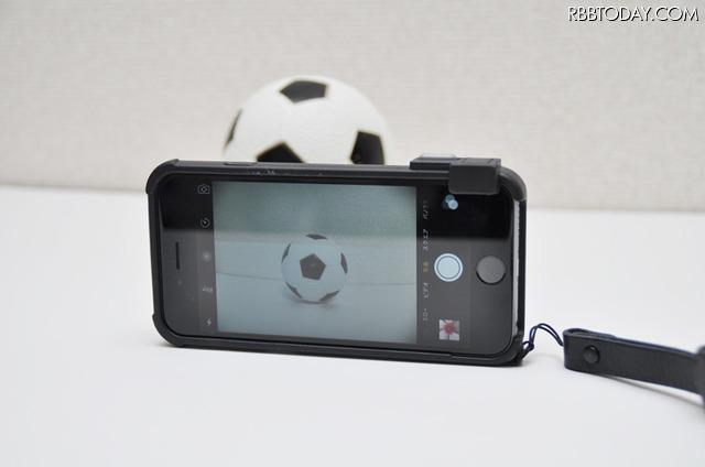 iPhoneのカメラアプリがそのまま使える