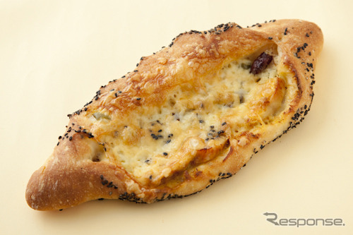 51 ハラペーニョとタンドリーチキンのパン(ブーランジェリー ラ・テール)
