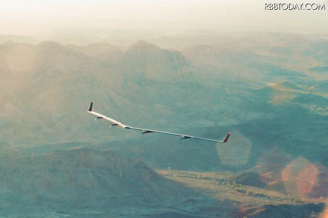 Facebookの巨大インターネットドローン「Aquila」が飛行テスト!消費電力はわずか炊飯器4つ分