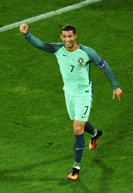 サッカーポルトガル代表のクリスティアーノ・ロナウド 参考画像(2016年6月25日)