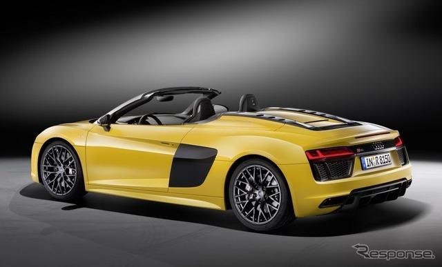 新型 アウディ R8 スパイダー V10