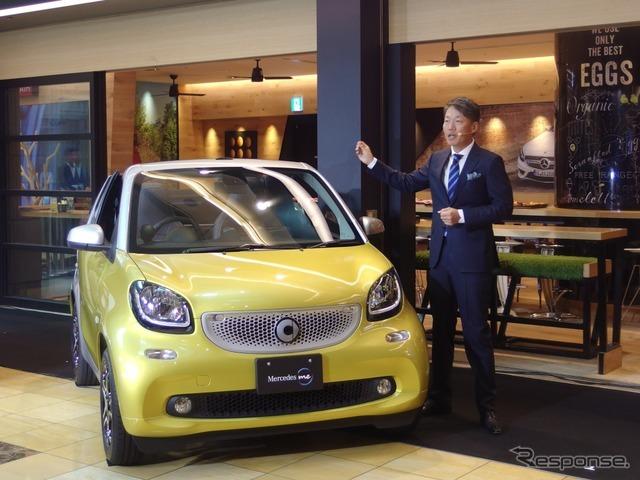 東京羽田空港のMerceds me Tokyo HANEDAで開催された発表会。人物はメルセデス・ベンツ日本の上野金太郎社長。