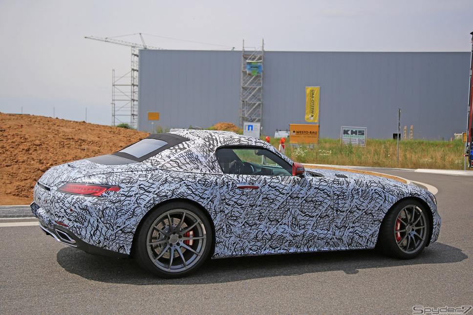 メルセデス AMG GT ロードスター スクープ写真