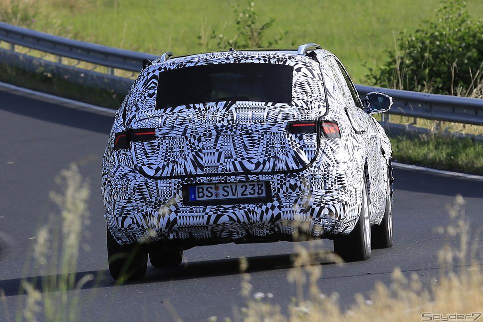 フォルクスワーゲン VW T-クロス ポロ スクープ写真