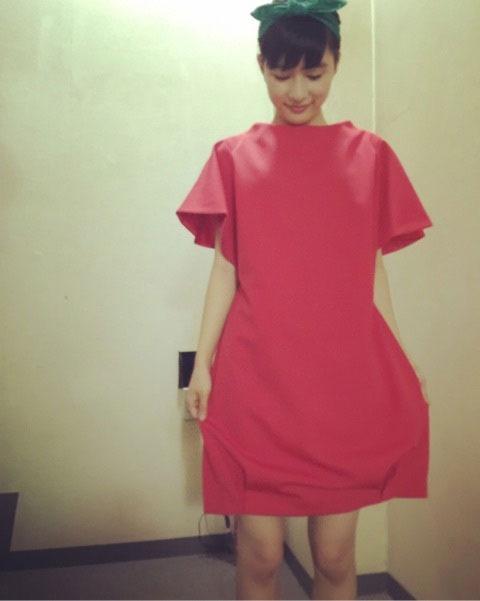 芳根京子がトマト姿に!4変化する動画撮影オフショットをブログで公開