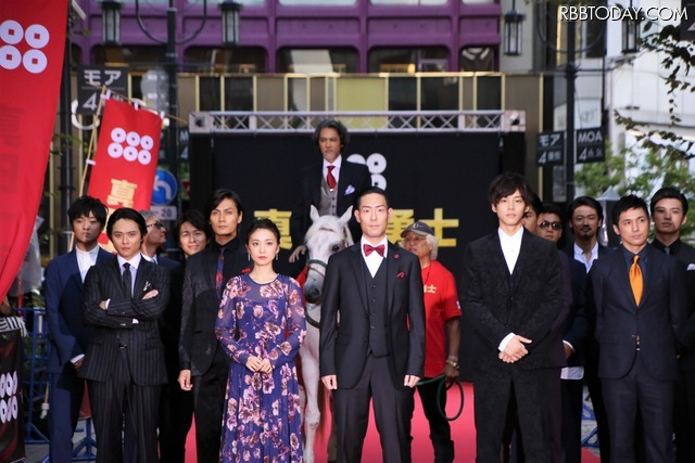 映画『真田十勇士』レッドカーペットセレモニー (C)2016『真田十勇士』製作委員会