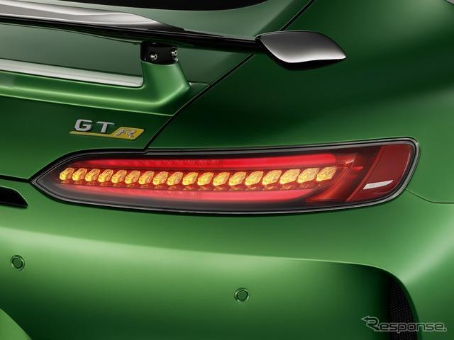 メルセデスAMG GT R