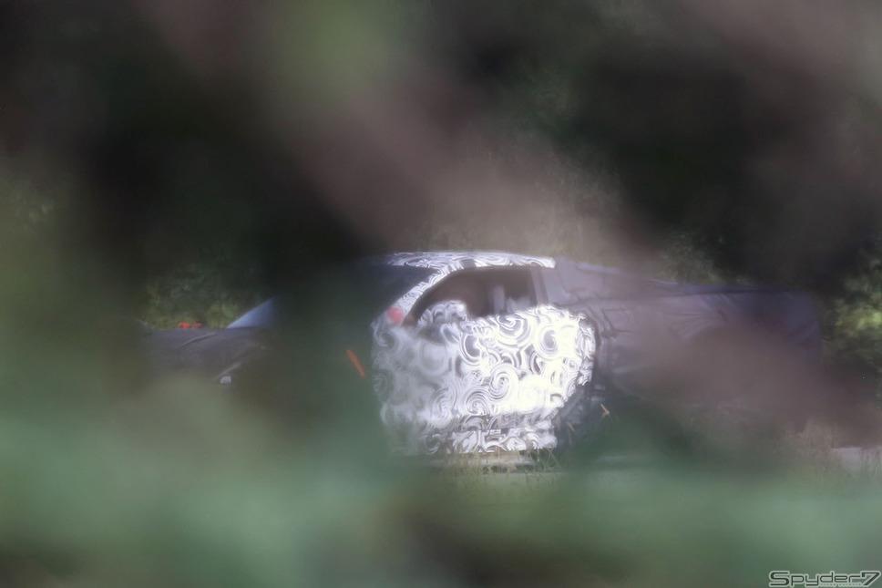 シボレー コルベットC8 スクープ写真
