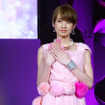 TOKYO NAILS COLLECTION 2017 A/W に登壇した南明奈(2017年5月16日、東京ビッグサイト)